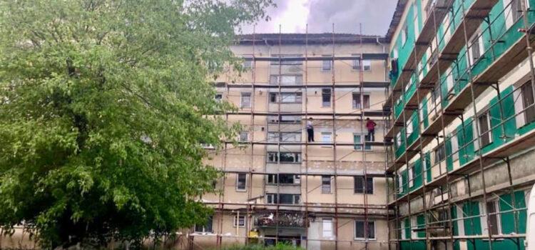 Începem lucrul la anveloparea termică a încă 8 blocuri de locuințe -alte 9 sunt în licitație pentu desemnarea constructorului