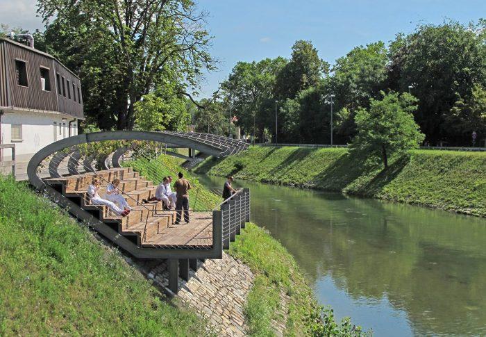 Malurile râului amenajate prin concurs de soluții